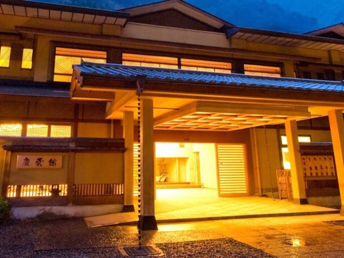 Древнейший отель находится в Японии