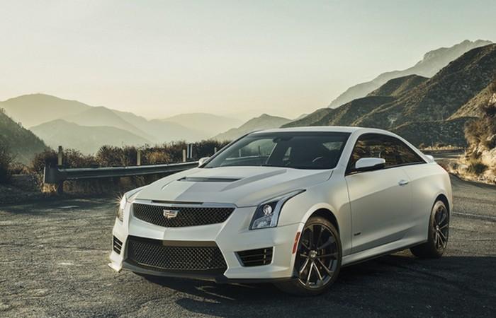 10 стильных спортивных купе для любителей шика и скорости
