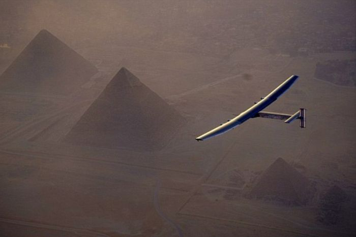 Solar Impulse 2 завершил кругосветный перелет