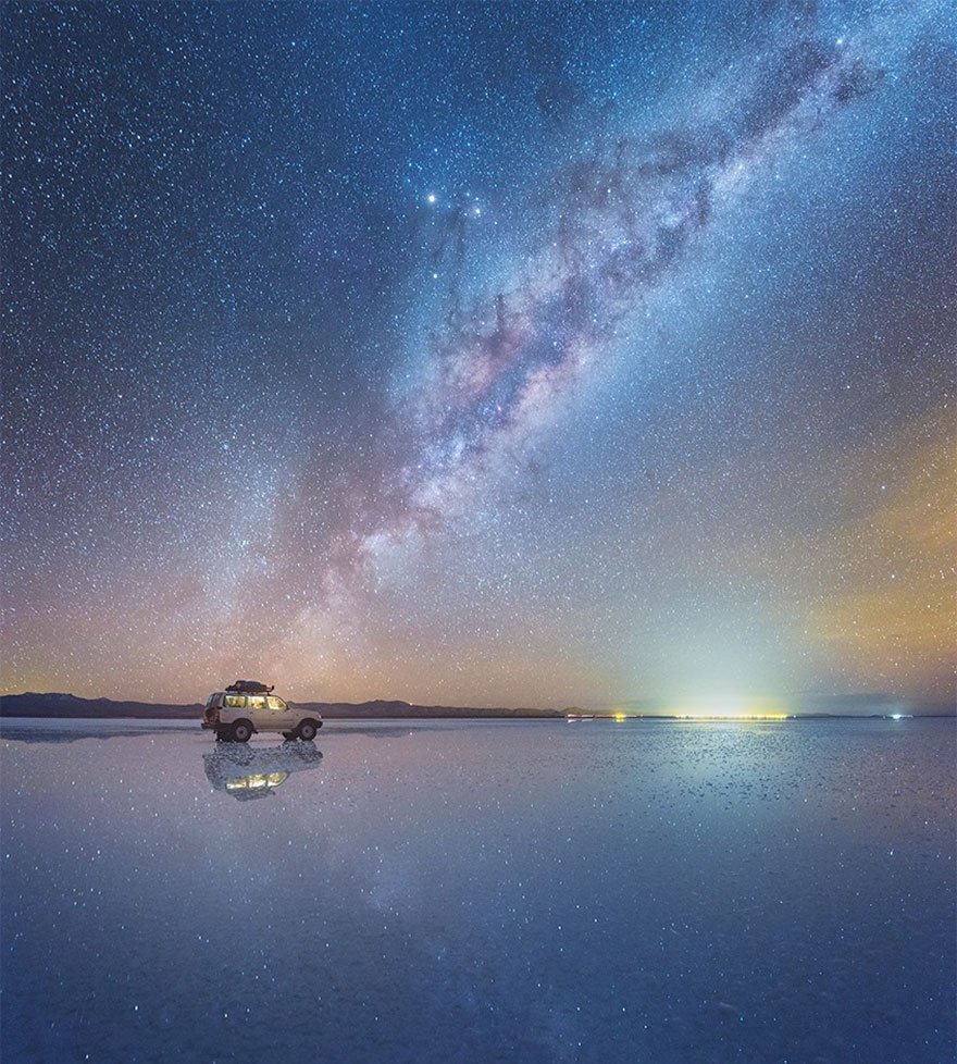 Потрясающее отражение Млечного Пути в боливийских солончаках