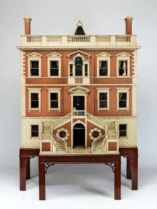 300-летняя история кукольных домиков