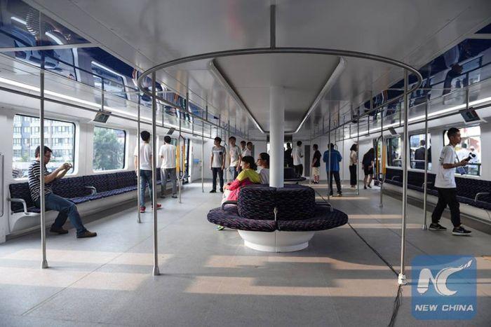 В Китае протестировали автобус будущего TEB