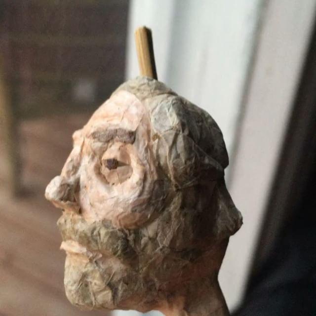 Косяки как предметы современного искусства