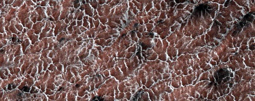 NASA опубликовало новые захватывающие снимки Марса