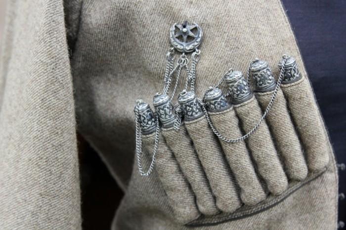 Газыри - важный элемент кавказского военного наряда