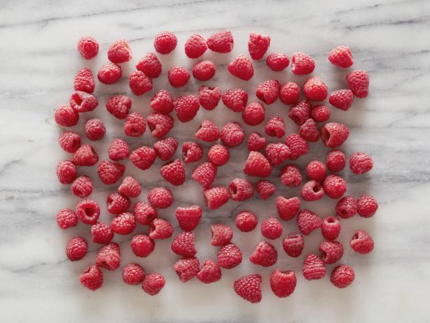 Как выглядят 100 килокалорий в разных продуктах