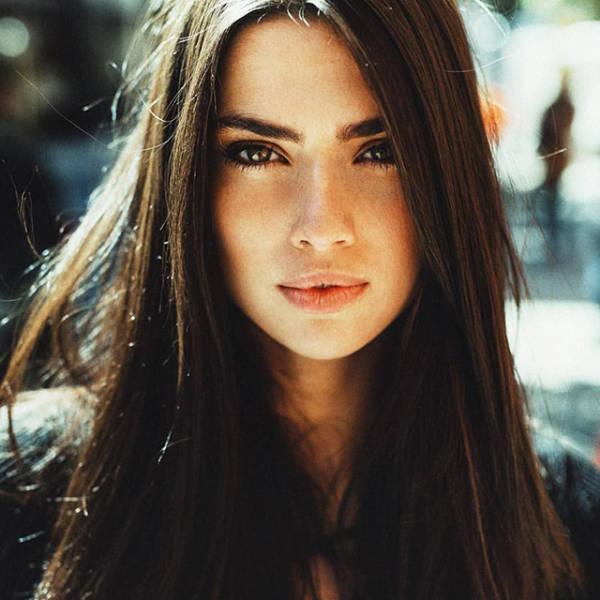 Красивые девушки, одаренные естественной красотой