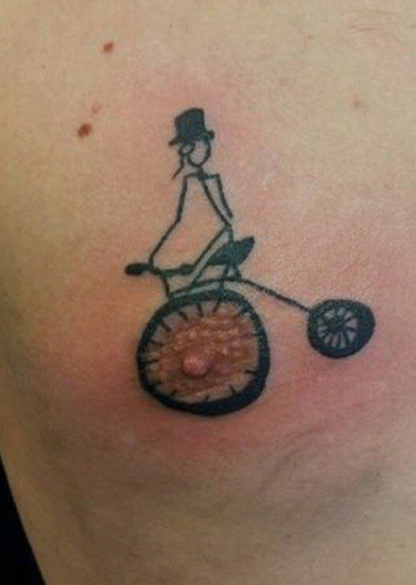 Странные и нелепые татуировки, сделанные на сосках
