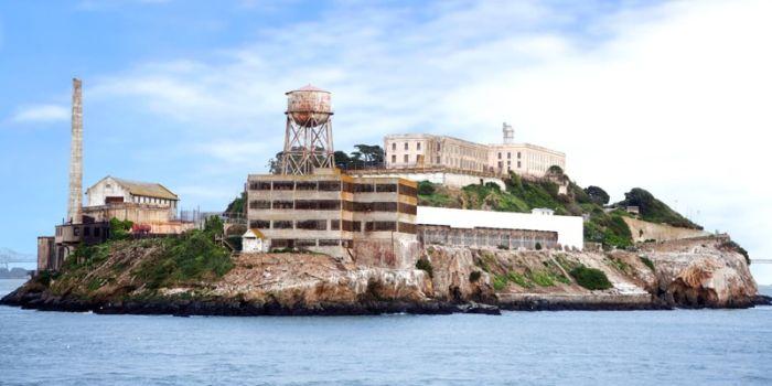 Самые красивые тюрьмы и психлечебницы мира