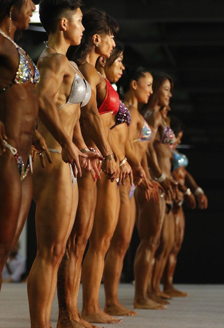 Соревнования по бодибилдингу среди женщин в Гонконге