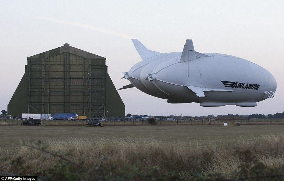 В Великобритании запустили крупнейший в мире летательный аппарат