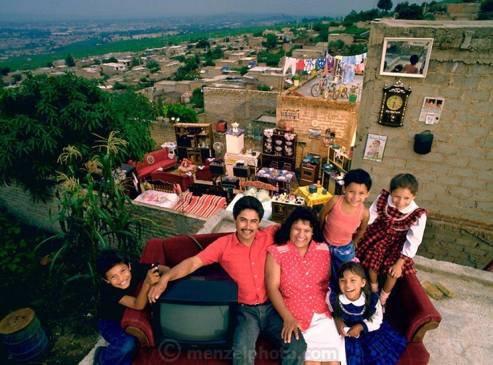 Как жили 20 лет назад обычные люди в разных странах мира