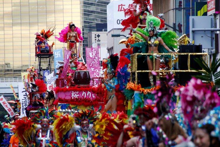 Асакуса Самба: ежегодный карнавал в Токио