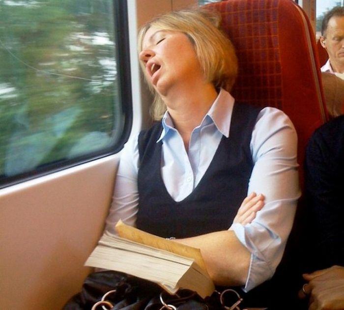 Что происходит с нашим организмом во время сна