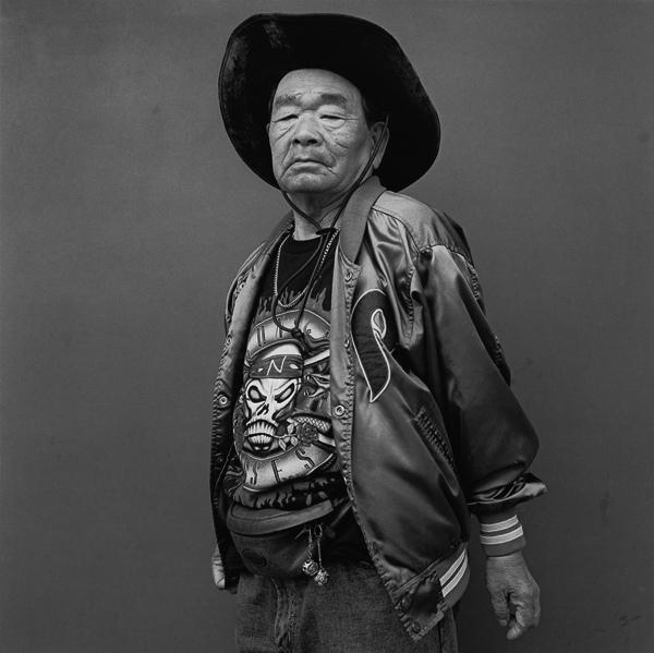 Чёрно-белые портреты жителей Токио, фотограф Хиро Кикай