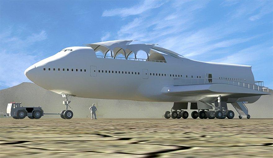 Переделанный Boeing 747 на фестивале Burning Man