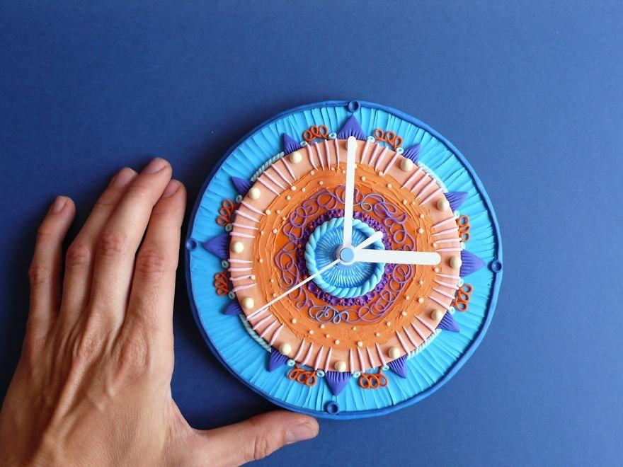 Настенные часы из полимера