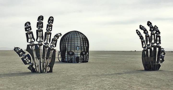 Впечатляющие арт-инсталляции с фестиваля Burning Man 2016