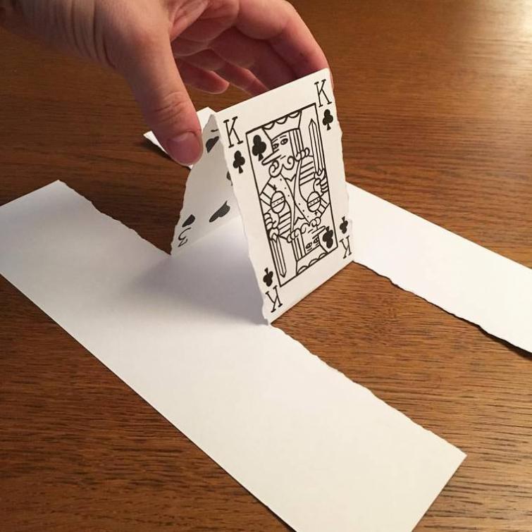 Гениальные 3D-постановки из обычных листов бумаги