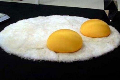 Необычные и оригинальные дизайнерские подушки