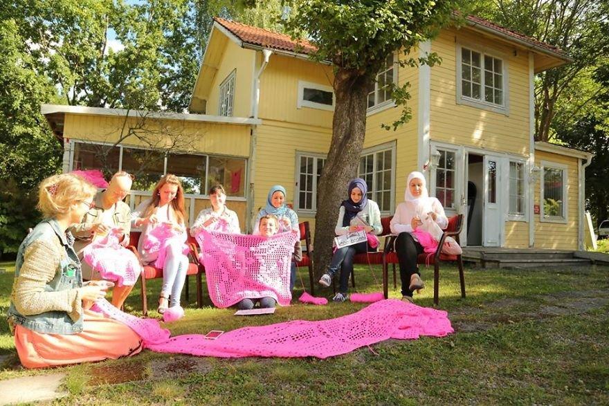 Розовый дом в финском городе Керава