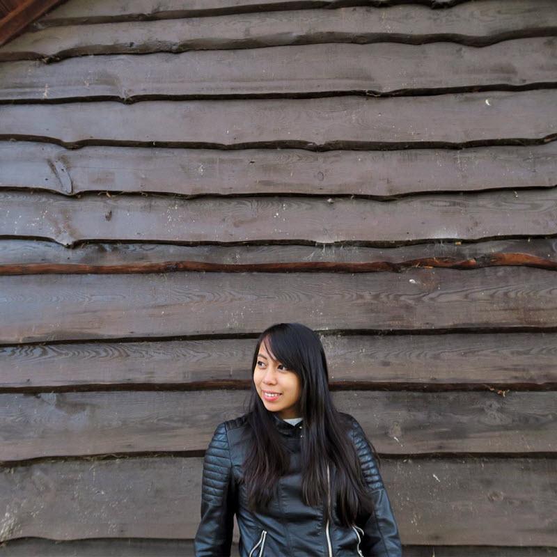 24-летняя девушка путешествует по миру и развивает свой бизнес