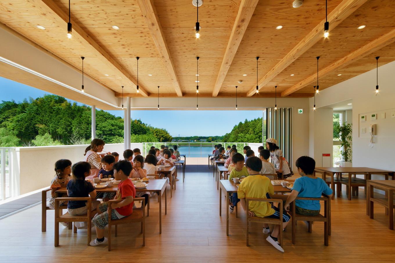 Детский сад в Японии в окружении природы