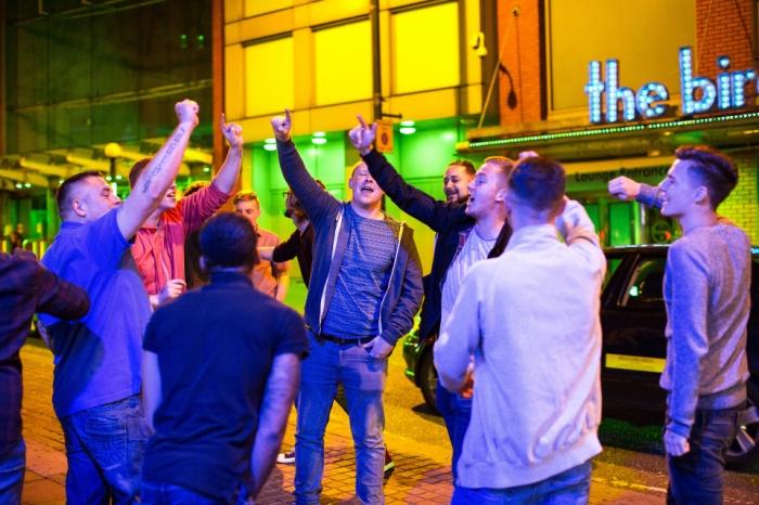 Типичный субботний вечер в Великобритании