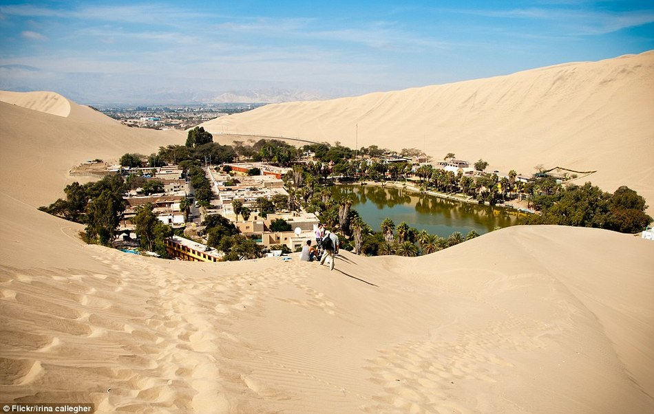 Город-оазис среди пустыни в Перу
