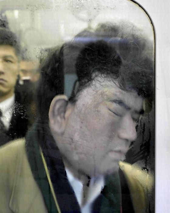 Обычная давка в токийском метро