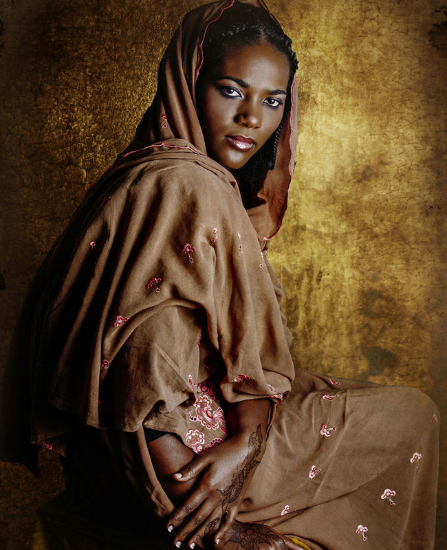 10 современных африканок в нарядах предков