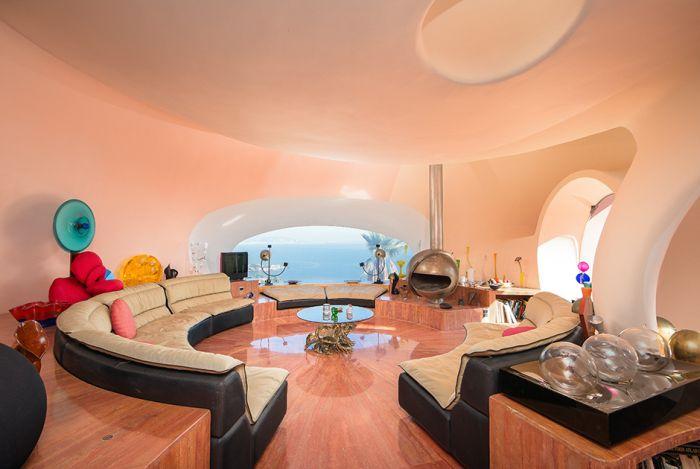 Дворец пузырей - самый дорогой в мире дом