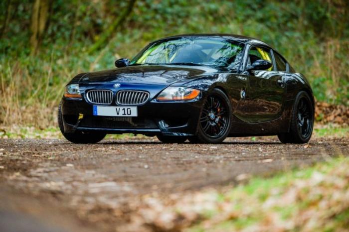 BMW Z4 с двигателем от Dodge Viper