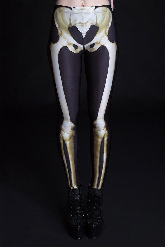 Костюм со светящимся в ультрафиолете скелетом