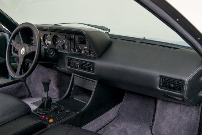 Американцы отреставрировали уникальный 1979 BMW M1 Procar