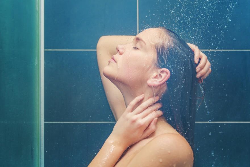 Ученые выяснили, в какое время лучше всего принимать душ