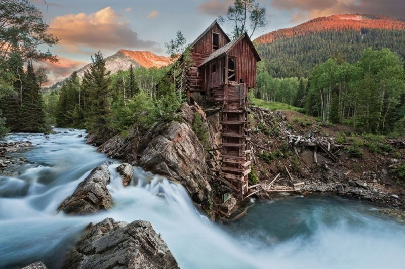 Деревянная мельница Кристал-Милл (Crystal Mill), которой больше 120 лет