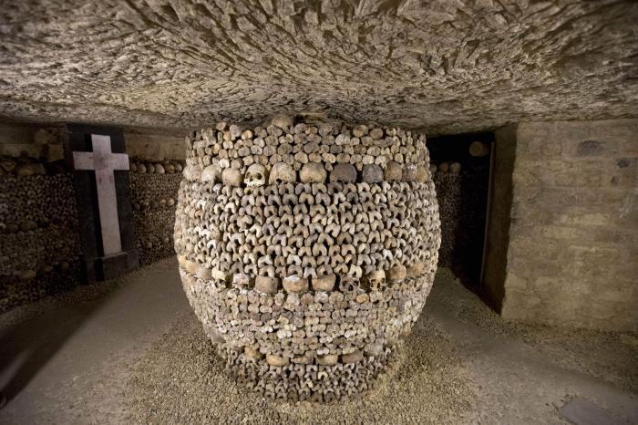 Самые необычные кладбища мира