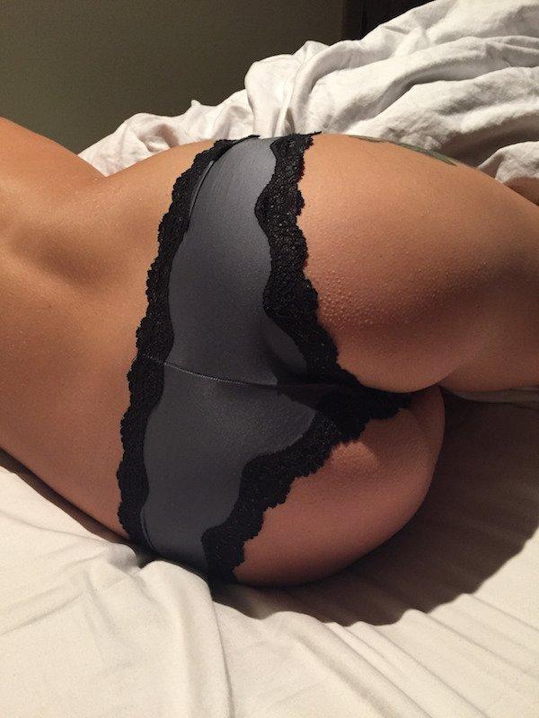 krasivye-devushki-i-ix-seksualnye-popki-9.jpeg