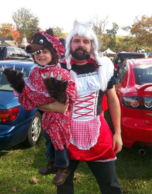 Отцы и дочери приготовили удивительные костюмы к Хэллоуину