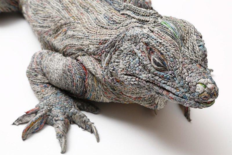 Скульптуры животных из газет от японской художницы Чие Хитоцуямы