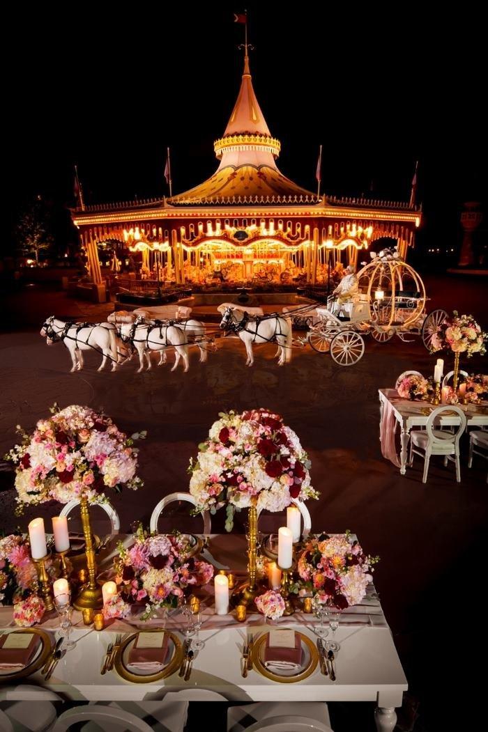 Ночная свадьба в Disney World