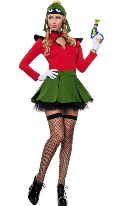 Странные и глупые наряды для девушек на Хэллоуин