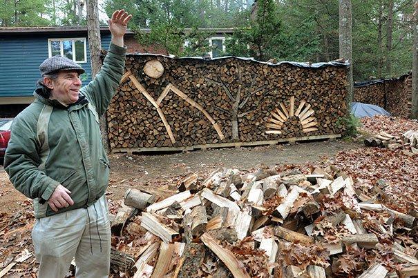 Креативный подход к складыванию дров