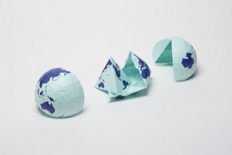 Японцы по-новому построили настоящую карту мира