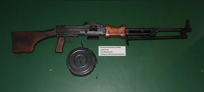 10 нестандартных образцов оружия, использовавшихся в военных действиях
