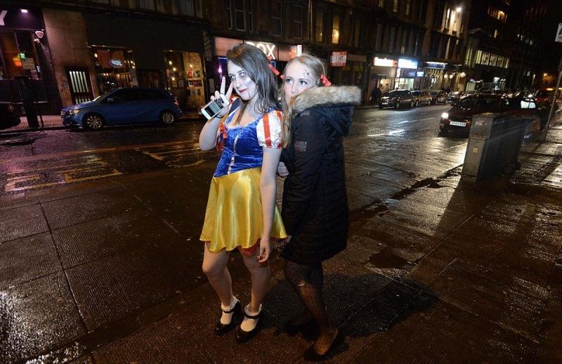 Как англичане отметили в этом году Хэллоуин