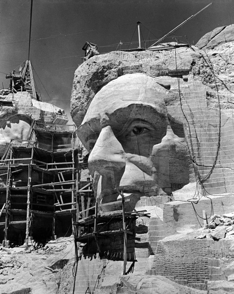 Как создавался мемориал Гора Рашмор в Южной Дакоте