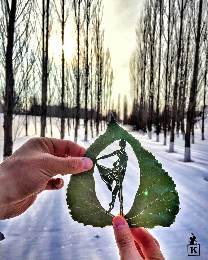 Художник создает невероятные картины из листьев
