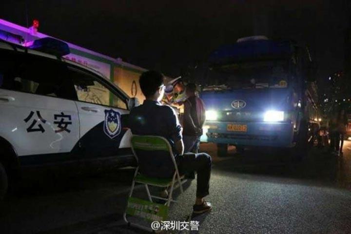 Наказание от ДПС Китая для тех, кто не хочет переключаться с дальнего света